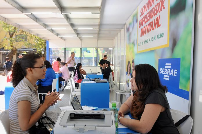 Micro Empreendedor Individual é alternativa ao desemprego, aponta pesquisa