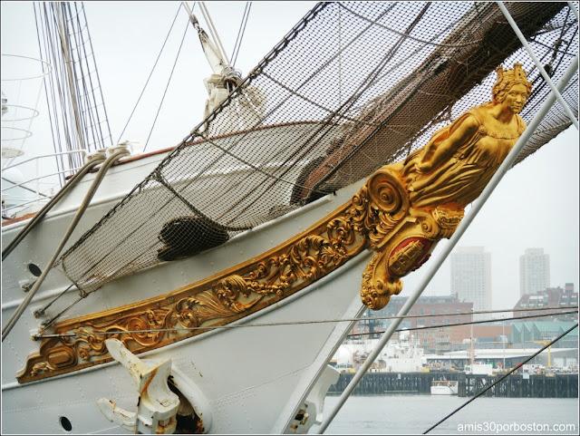 Buque Escuela Juan Sebastián de Elcano en su Visita a Boston en el 2015
