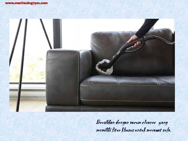 vacum cleaner khusus untuk menghilangkan bau pada sofa bed