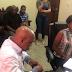 Video: Se entrega mujer que mató de siete puñaladas a su pareja en Moca