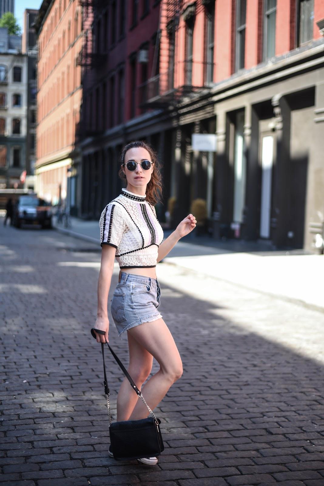 new_york_street_style_crochet_top