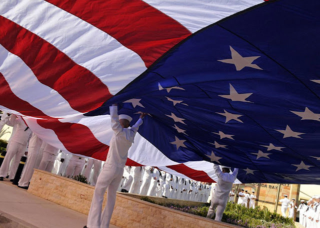 Memorial day flag image 2017