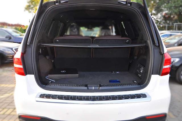 Cốp sau Mercedes AMG GLS 63 4MATIC 2018 thiết kế rộng rãi, thoải mái