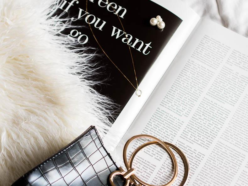 fashion-flatly-ring-handle-bag