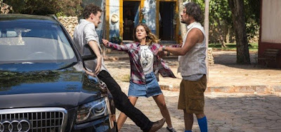 Em O Sétimo Guardião, Walid enfrenta  Nicolau para defender Diana: 'Canalha'