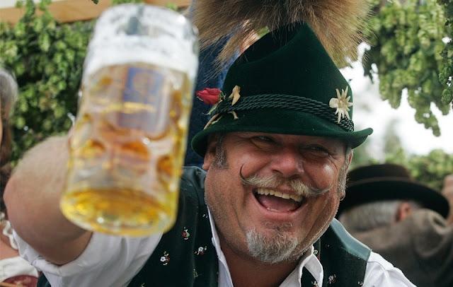 Un estudio asegura que el consumo de alcohol ayuda a hablar un idioma extranjero