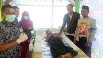 AMVBI Libatkan 15 Dokter Muda Dalam Kegiatan Sunatan Massal