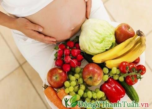Cách chữa nóng trong cho bà bầu bằng thực phẩm