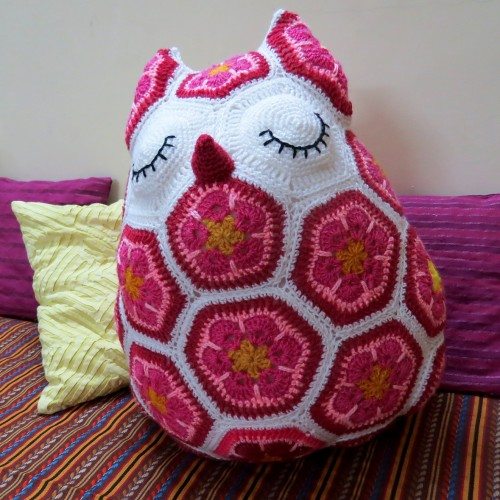 Maggie the African Flower Owl Pillow - Crochet Pattern