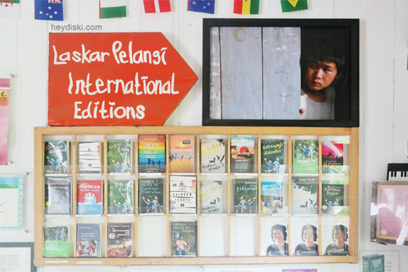 laskar pelangi edisi internasional