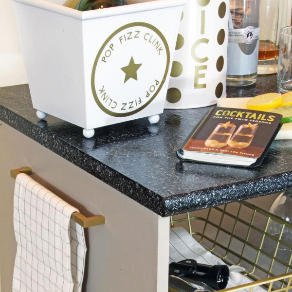 Painting Countertops to Look Like Grainte
