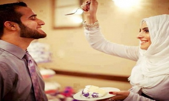 Meski Remeh, Yang Dilakukan Pasangan Suami Istri Ini Bisa Bernilai Besar Di Hadapan Allah