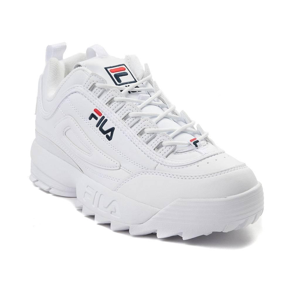 66b447c059 ... hermanos Fila, y su posterior evolución de proveedor de textiles y ropa  interior a una empresa global de ropa y calzado deportivo, que ahora busca  ...