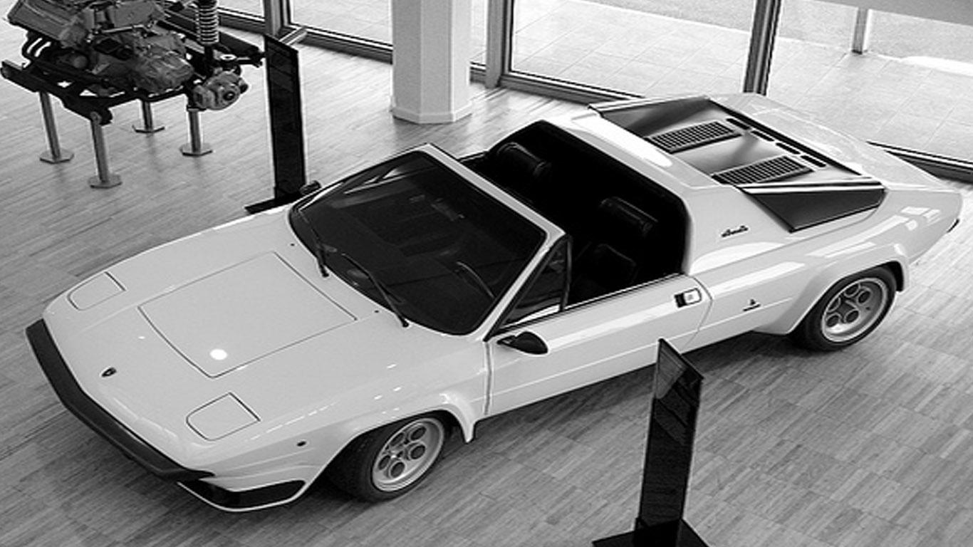 Lamborghini Silhouette Lamborghini S Fortunes Were Waning In The Mid Seventies Dream Fantasy