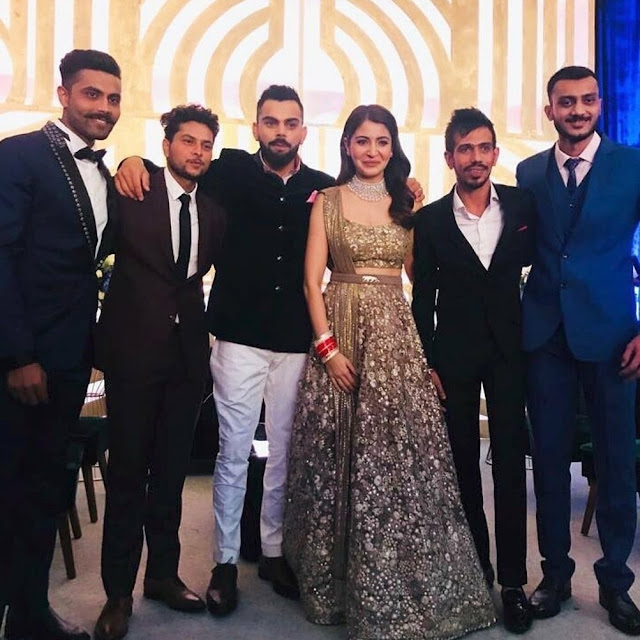 Cricketers-at-Viruska-Mumbai-reception1