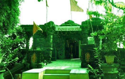 पेटलावद में पंपावती नदी के तट पर स्थित भूतेश्वर महादेव फूटा मंदिर-bhuteshwar-mahadev-mandir-petlawad-jhabua