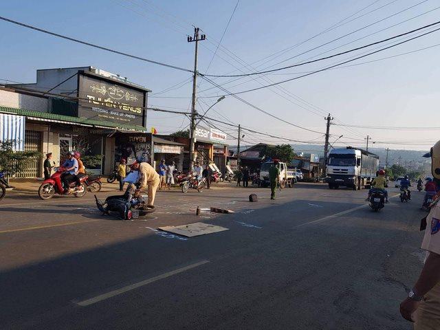 Hiện trường vụ tai nạn khiến Trung úy quân đội tử vong