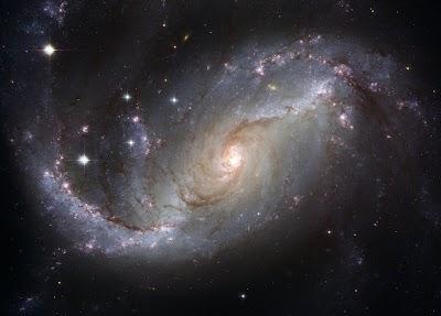 اسئلة ثقافيه:  الفضاء