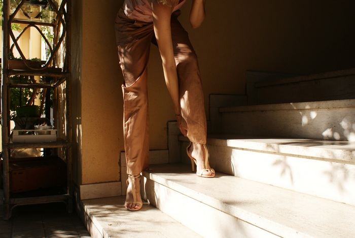 pink heels silk pants outfit