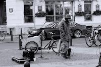 http://fineartfotografie.blogspot.de/2014/01/straenmusiker-am-kollwitzplatzberlin.html