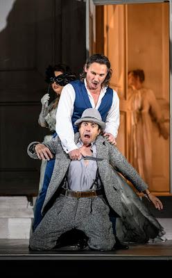 Mozart: Don Giovanni - Hrachuhi Bassenz, Mariusz Kwiecien, Ildebrango D'Arcangelo - Royal Opera - (C) ROH. Photo by Bill Cooper