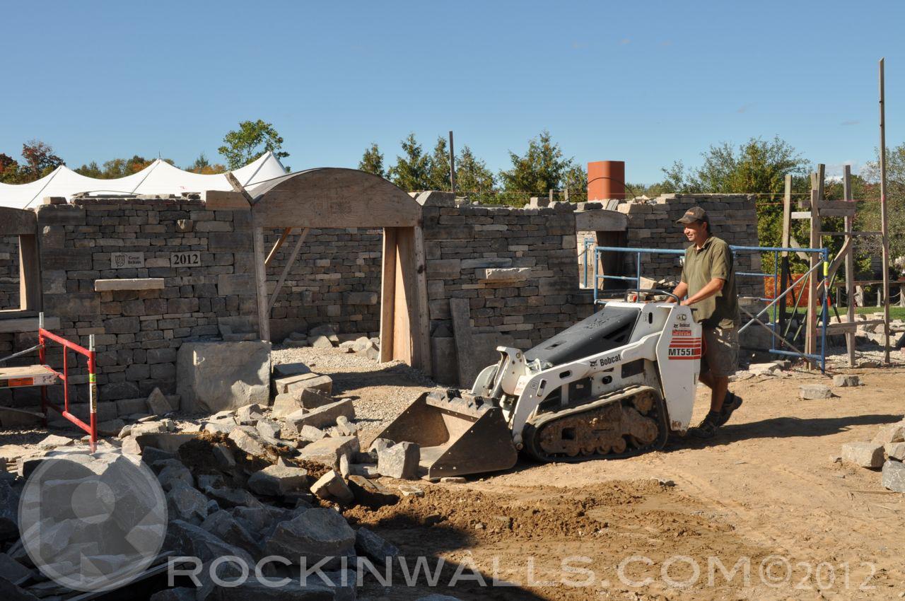 ROCKIN WALLS: Equipment -