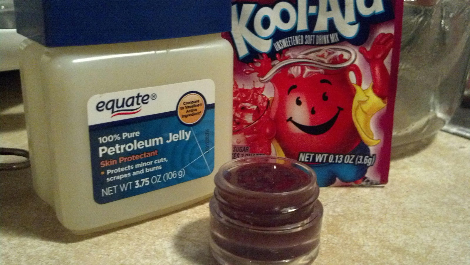 How to make lip gloss with petroleum jelly and kool aid