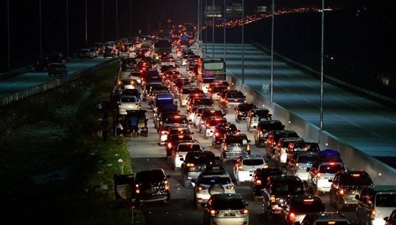 Kemacetan di Tol Brebes Timur