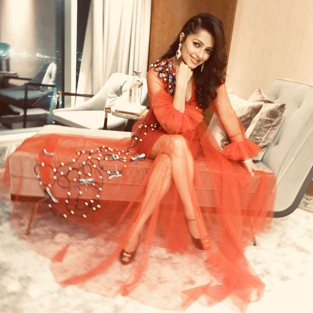 Actress Bhumika Chawla red Hot Photoshoot