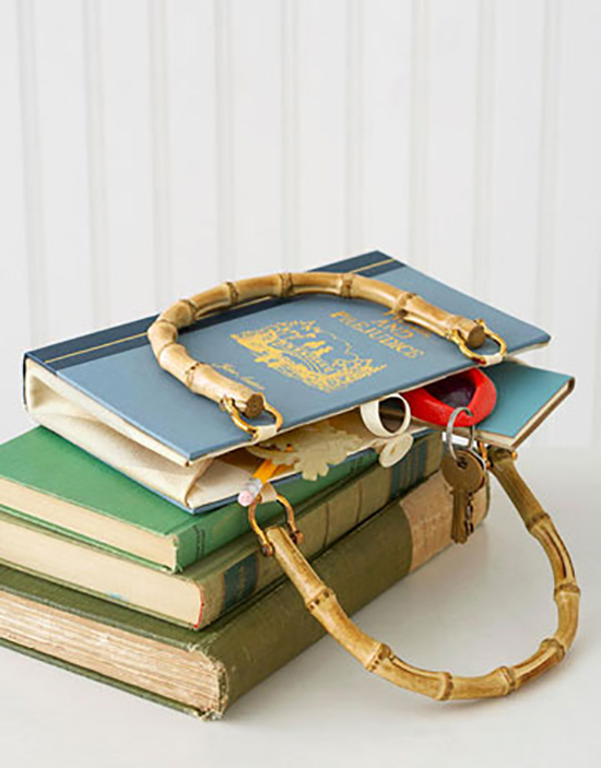 ragam kerajinan tangan dari buku bekas