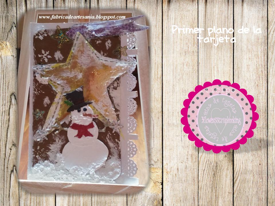 estrella periódico y muñeco de nieve
