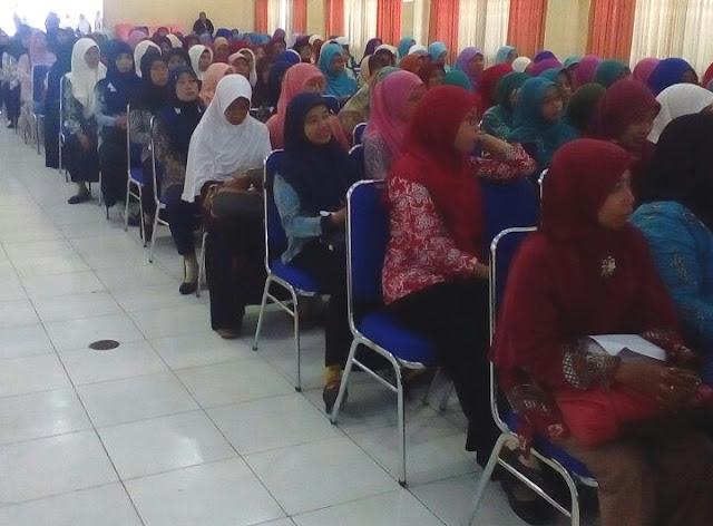 Seminar pendidikan peningkatan kualitas guru Muhammadiyah