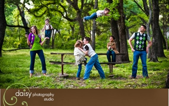 Outdoor Family Photo Shoot Ideas 15 Unique Famil...