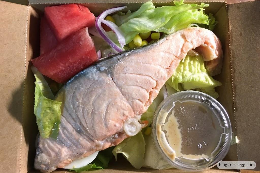 鮭魚沙拉(2).jpg