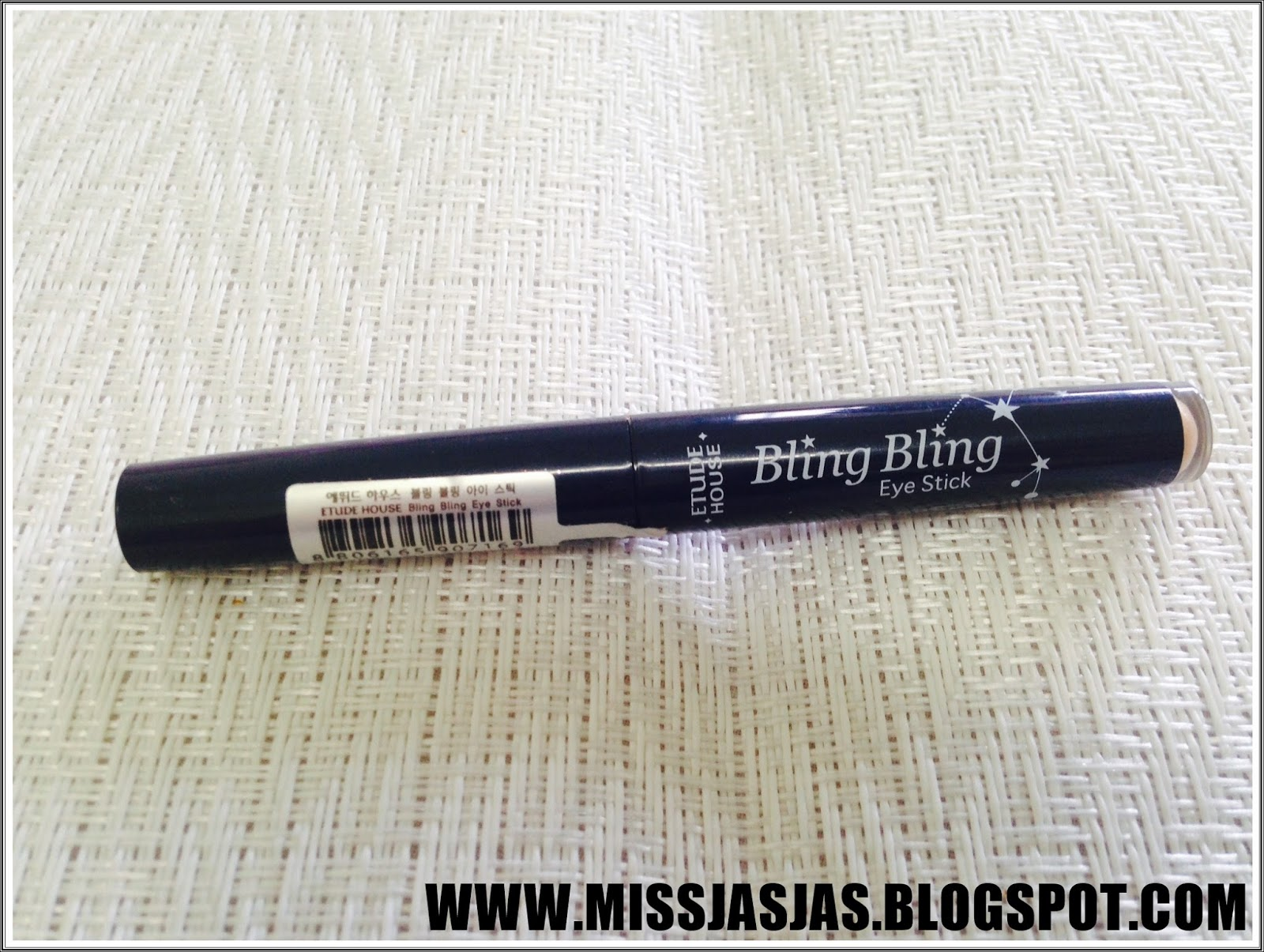 Sponsored Missjasjasxbeauty Review Etude House Bling Eye Stick This Is The 2nd Product That I Bought It With Althea Korea Credits Has These Colors