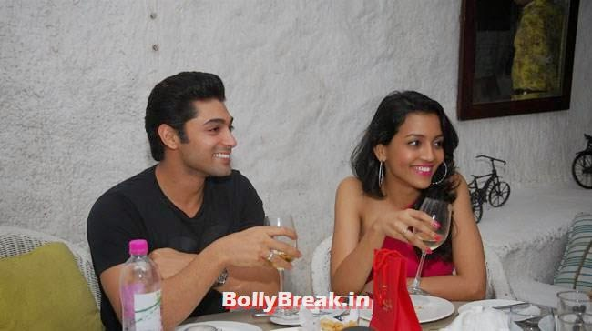 Ruslaan Mumtaz with wife Nirali, Jacqueline Fernandez at Sonal Sehgal Birthday Party