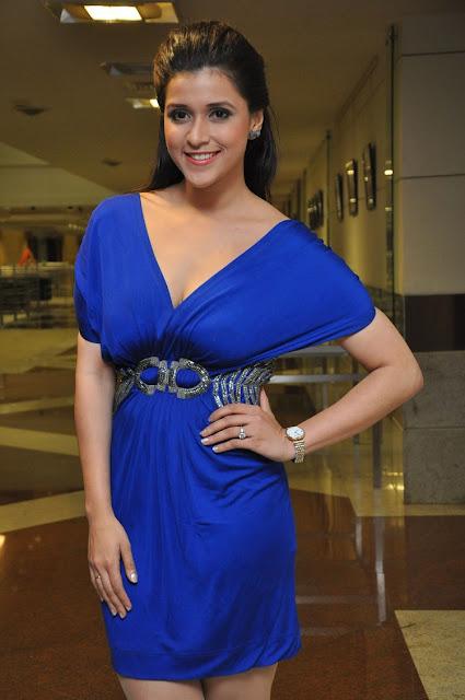 Mannara Chopra Pics at Rogue Movie Trailer Launch