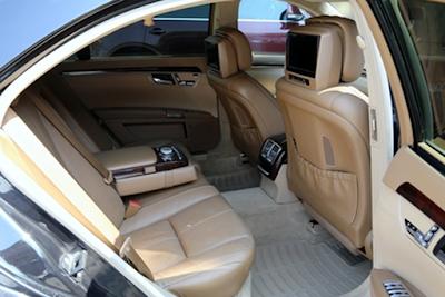 Interior Kabin Belakang RSE Mercedes W221 S-Class
