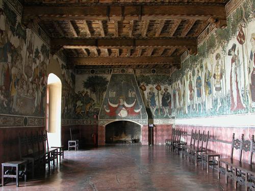 I promessi viaggi il castello della manta a cuneo for Interno 2 saluzzo capodanno