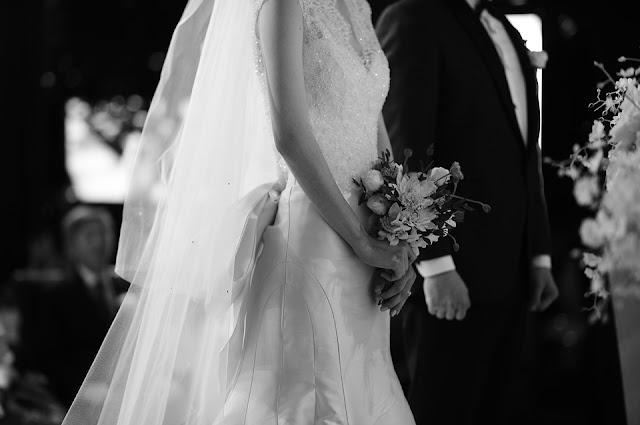 tani ślub