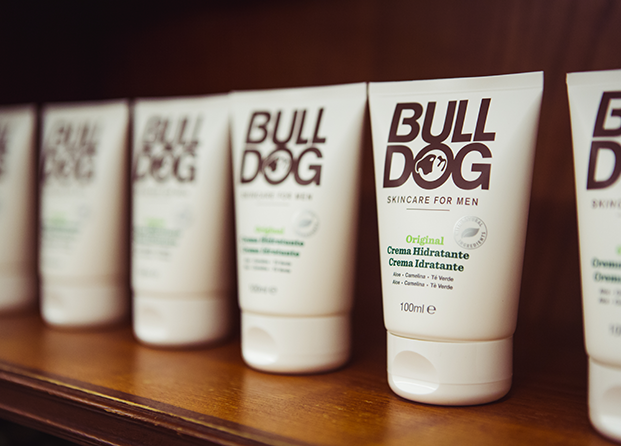 """Los dos must have de la marca masculina Bulldog que querrás """"robarle"""" a tu pareja"""