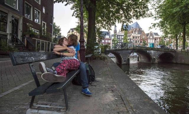 Fotos no banco ver do A culpa é das estrelas em Amsterdã