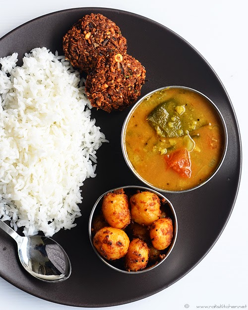 broad beans sambar, small potato curry, vazhaipoo vadai