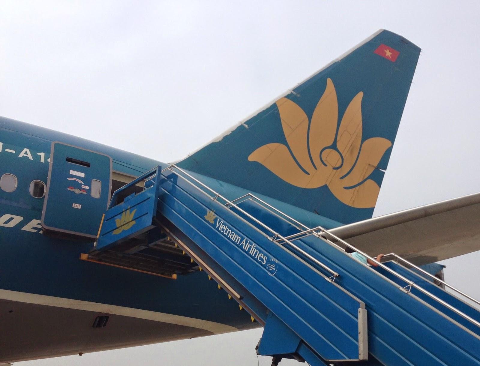 Vietnam-airline-b777-200