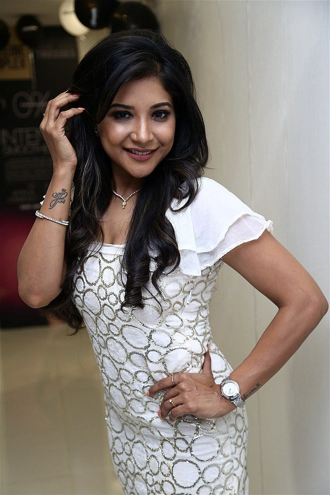 Actress Sakshi Agarwal at Toni & Guy Essensuals Launch Stills,