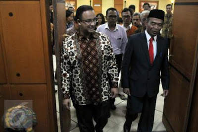 Menteri Baru, Bagaimana Nasib Kurikulum dan Guru?