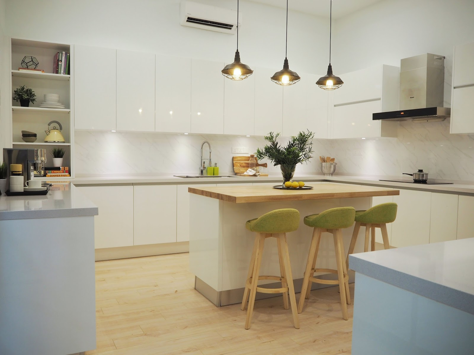 Meridian interior design and kitchen design in kuala for Modern scandinavian kitchen design