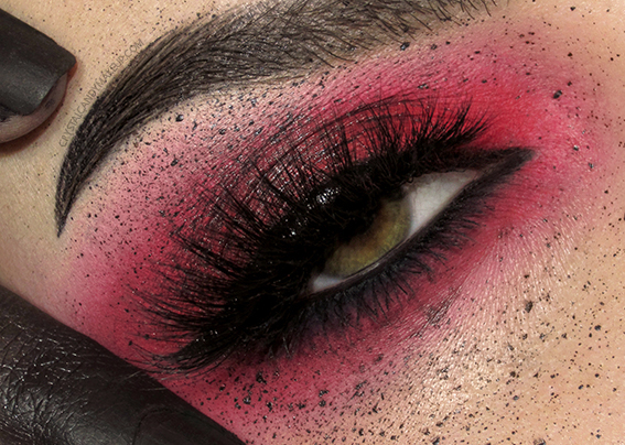 EOTD Anthracite Red Eyeshadow MUFE Aqua XL Color Paints Ink Liners Esqido Lashes Eve