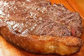 Carne vermelha interfere no humor e aumenta o colesterol (Imagem: Reprodução/Internet)