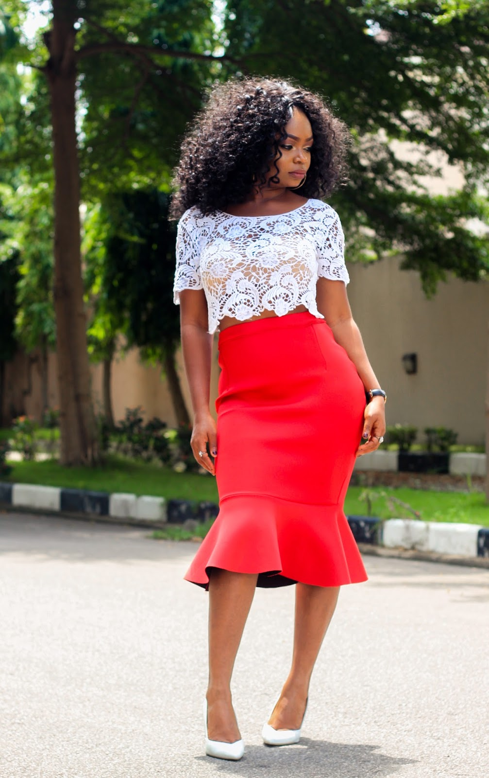 PEPLUM HEM SKIRT - Styling Red Peplum Hem Skirt from Choies and White Lace Crop Top